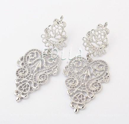 Vintage Dangling Earrings - Silver